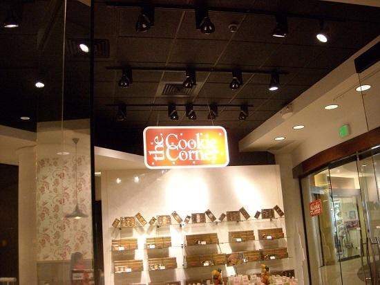シェラトンワイキキ内のクッキーコーナー