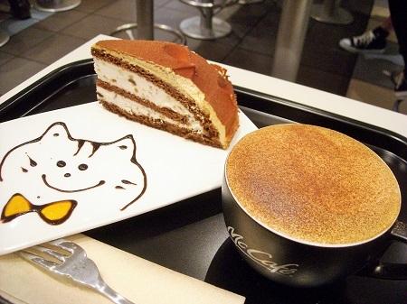 マックカフェのケーキセット