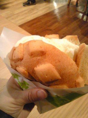 世界で2番目においしい焼きたてメロンパン